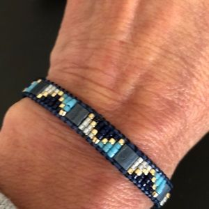 Jewelry - Shades of blue and gold